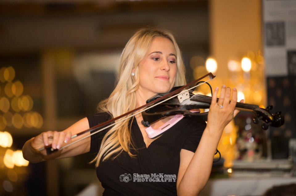 Samantha Calvert – violinist